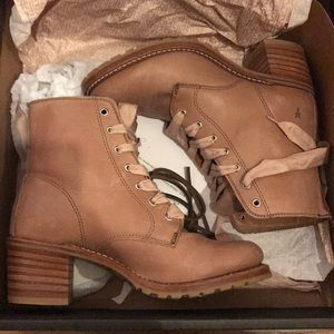 Gal Meets Glam x Frye Boot